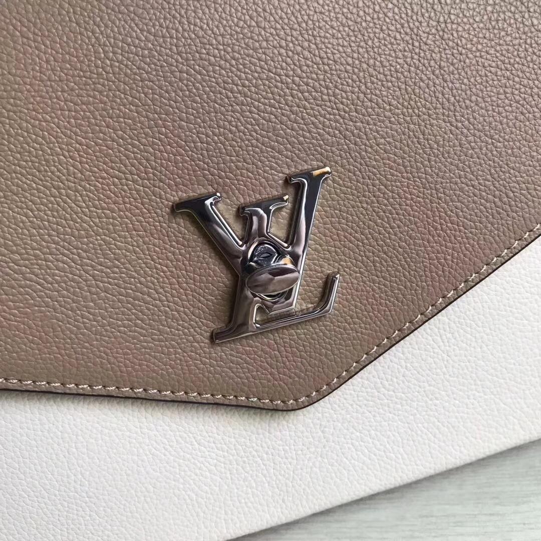 LV M54849 My LockMe Bag tlvm1303_IMG_5632