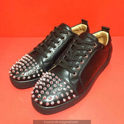 Louboutin Low Top Sneakers CLLT319