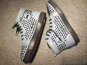 Louboutin Louis Spikes Sneakers CLHT566
