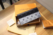 LV Wallet tlvm1245