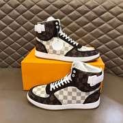 LV Men Shoes svm2871